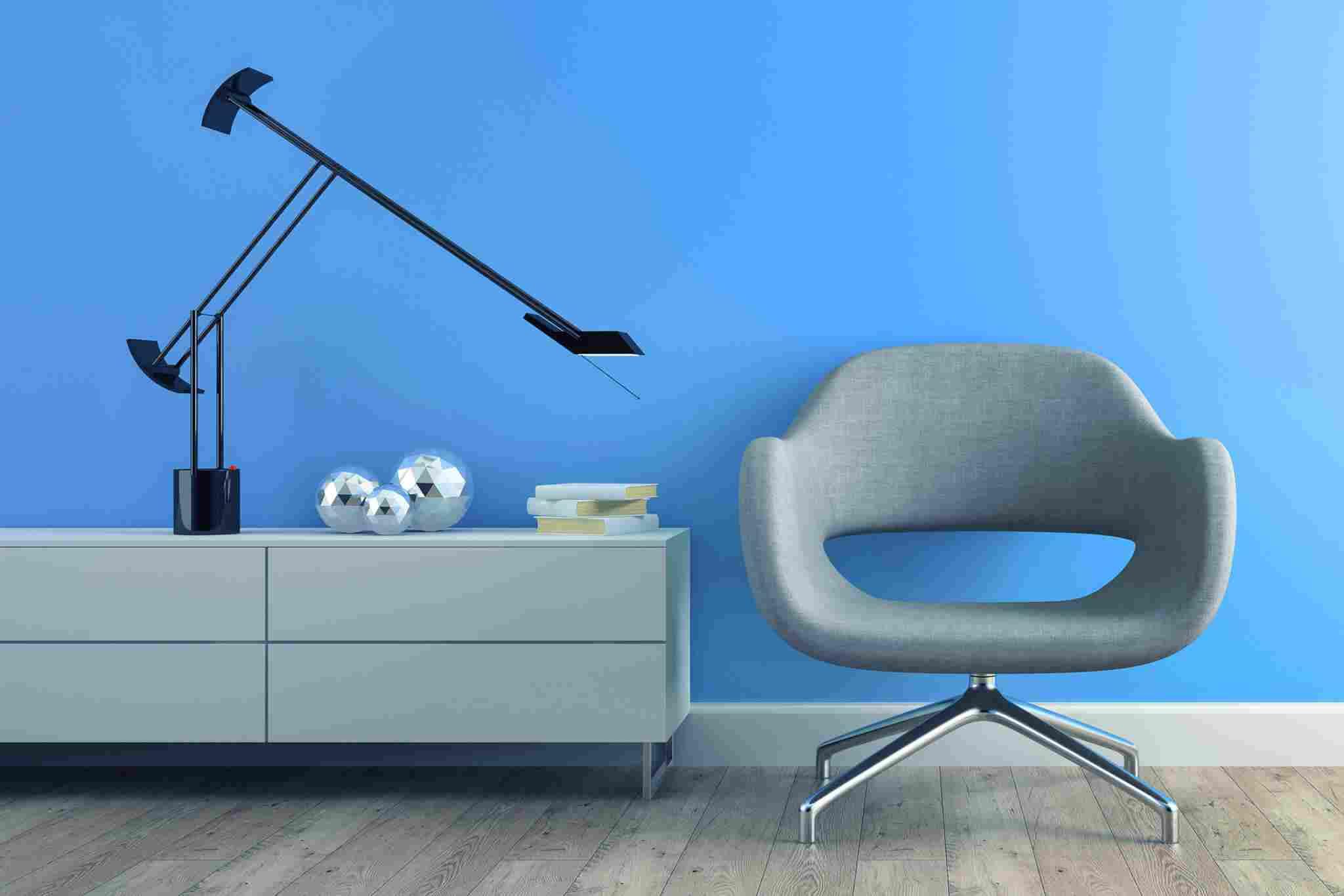 http://www.ankara-dekorasyon.com/wp-content/uploads/2017/05/image-chair-blue-wall.jpg